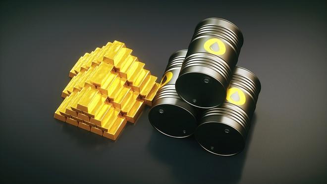 طلا و نفت
