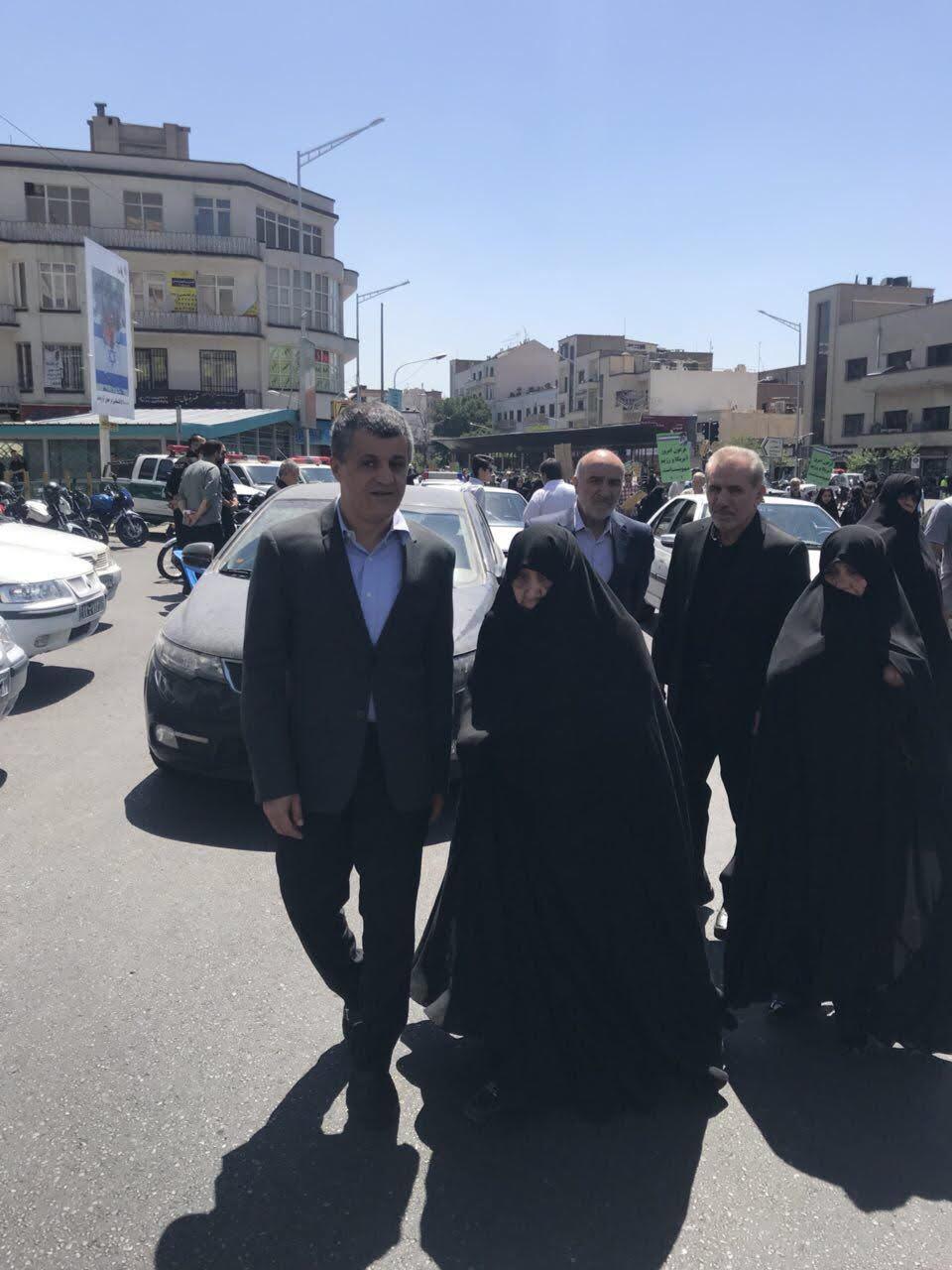 حضور همسر و پسر هاشمی رفسنجانی در راهپیمایی روز قدس