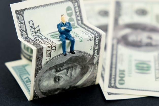 دلار و ارز صادراتی