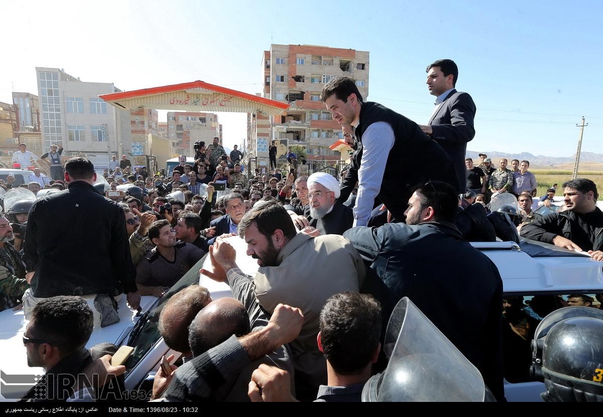 بازدید روحانی از مناطق زلزله زده کرمانشاه