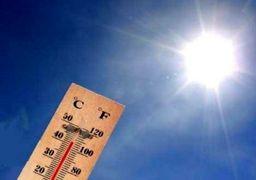 ذوب شدن چراغ راهنمایی بر اثر گرما در اهواز + عکس