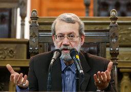 شوخی لاریجانی: مشکل میکروفون در جمهوری اسلامی حل نمیشود! +فیلم