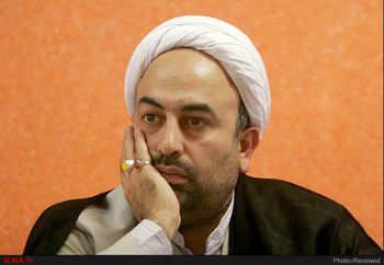 حرف های یواشکی مسئولان و بزرگان به محمدرضا زائری