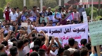 معترضان عراقی در خیابانها