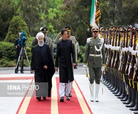 تصاویر استقبال رسمی روحانی از نخستوزیر پاکستان