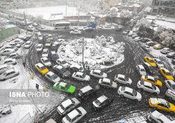 دو فرضیه درباره مدیریت ترافیک در اولین برف پایتخت در 98
