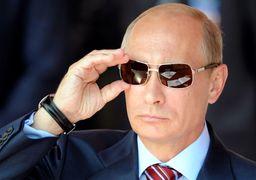 پوشش عجیب محافظ پوتین در ایتالیا +عکس