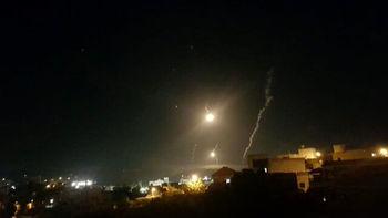 شلیک بمب های نوری توسط اسرائیل به لبنان