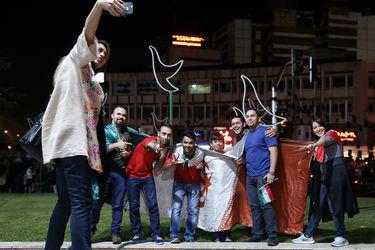 شادی مردم تهران پس از صعود به جام جهانی روسیه (2)