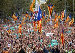 تظاهر کنندگان در بارسلون خواهان آزادی اعضای زندانی دولت کاتالونیا شدند