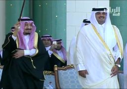 رقص شمشمیر امیر قطر و پادشاه سعودی یک سال قبل از بحران + ویدئو