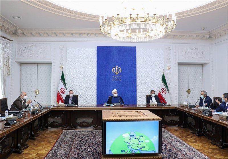 روحانی: هرگونه کندی یا ناهماهنگی در ترخیص کالاهای ضروری به هیچ وجه قابل پذیرش نیست