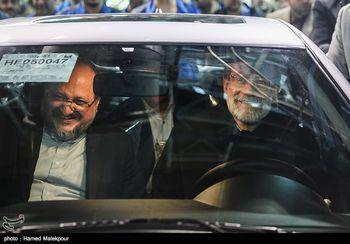 علی لاریجانی پشت فرمان خودرو دنا پلاس + عکس