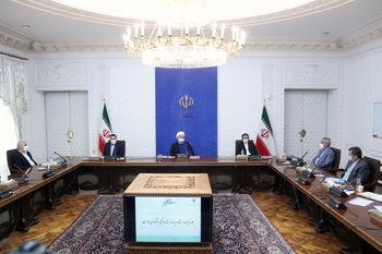 روحانی: دشمن دنبال منازعات داخلی است/ با نوسانات قیمتی مقابله خواهیم کرد