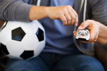 هشدار در پی سرقت حق پخش تلویزیونی فوتبال