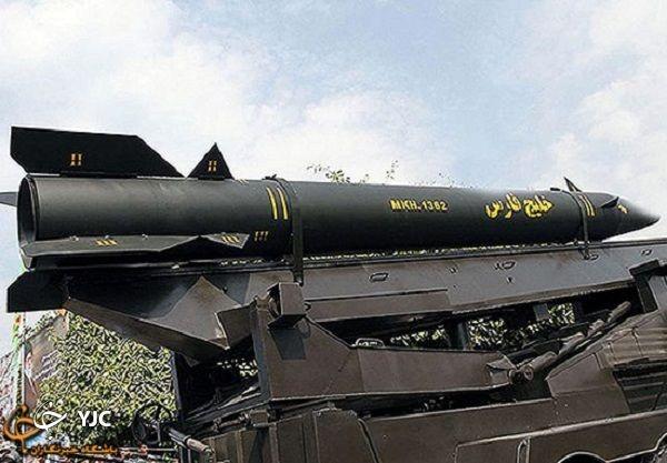 شلیک موشکهای سپاه از شهر موشکی دریایی به پهپادهای آمریکایی