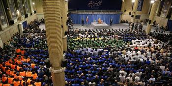 رهبر انقلاب: آنقدری که خودمان اراده میکنیم، نفت صادر میکنیم/ کار آمریا بیجواب نمیماند