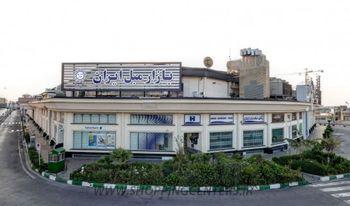 بازارهای مبل و موبایل ایران برای قطع زنجیره شیوع کرونا تعطیل شد
