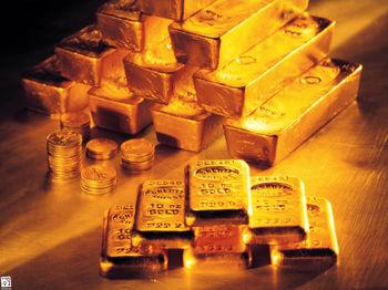طلا  همچنان نزدیک به بالاترین رکورد خود در هفت سال اخیر