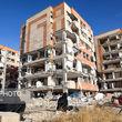 بی اعتنایی یک روزنامه به زلزله کرمانشاه و تحویل گرفتن رحیم مشایی! + عکس