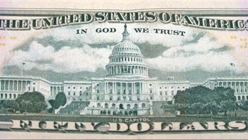 «ما به خدا ایمان داریم» از روی دلار حذف نمیشود