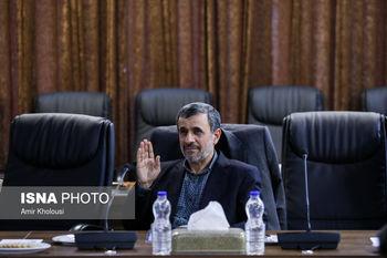 احمدی نژاد؛ یک سیاستمدار غرغرو /رئیس جمهور سابق می خواهد شبیه آیت الله هاشمی باشد