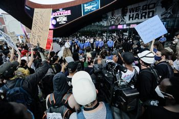 فیلم  حالوهوای انقلابی خیابانهای آمریکا
