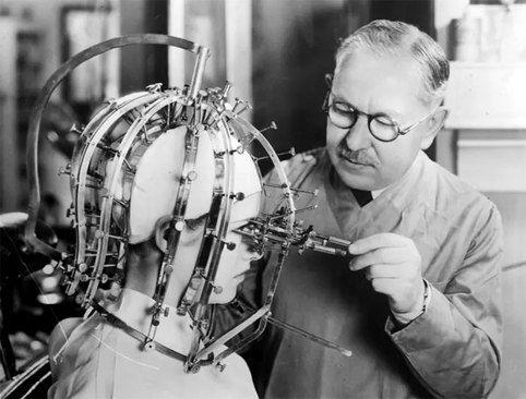 اندازه گیری زیبایی به صورت دستی؛ سال ۱۹۳۳