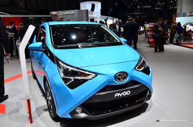 فیس لیفت تویوتا روی کوچکترین خودروی خود در اروپا یعنی آیگو جذاب از کار درآمده