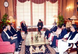 ظریف با «عمران خان» دیدار و گفتوگو کرد