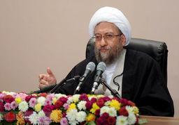 آملی لاریجانی: کسی که مطالبه بر حق دارد دست به تخریب نمیزند / همدلانه به دولت کمک میکنیم