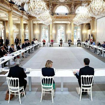 دولت جدید فرانسه / وزیران زن بیشتر از مردان + عکس