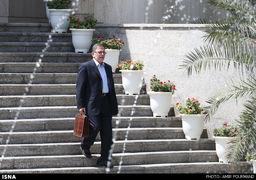 جزئیات نوبت دوم تحریم های آمریکا علیه ایران/ سیف، یک بازنشسته بانک مرکزی ، یک بانکدار و یک سیاستمدار عرب در فهرست جدید تحریمها