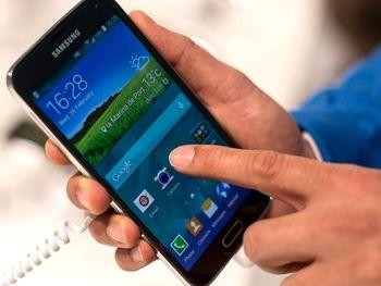 یک گوشی هوشمند بدون اینترنت!