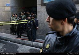 تمام اماکن اطراف ساختمان آتش گرفته وزارت نیرو تحت کنترل پلیس است