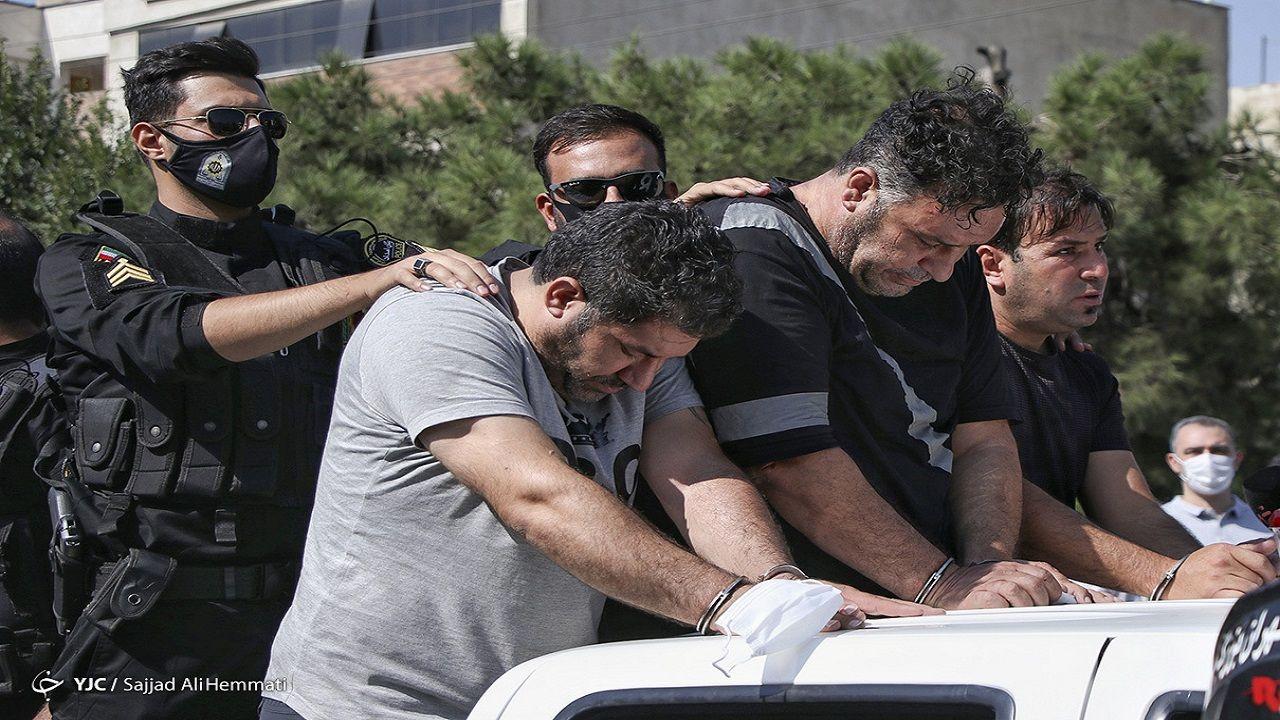 گرداندن اراذل و اوباش در تهران توسط پلیس+تصاویر