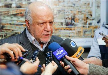زنگنه: انعقاد قرارداد ۳۰ دکل نفتی در یک شب / دستور مکتوب احمدی نژاد پای پرونده