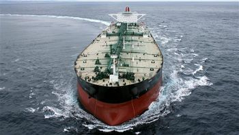 دیگر فروش نفت در برابر کالا نداریم