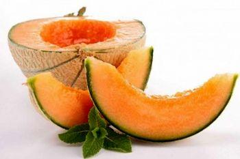 این میوه آب بدن شما را حتما تامین می کند