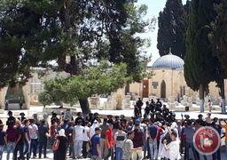 حمله اسرائیل به نمازگزاران در مسجدالاقصی + فیلم