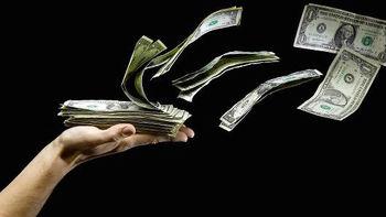 دلار ۴۲۰۰ تومانی فیلم شد؛ جرقههایی که ارز را منفجر کرد
