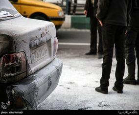 آتش سوزی خودرو در میدان هفتم تیر