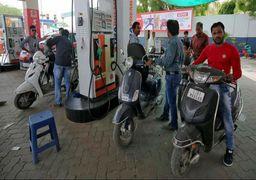 نارضایتی از دولت هند بهدنبال کاهش واردات نفت از ایران و گرانی بنزین