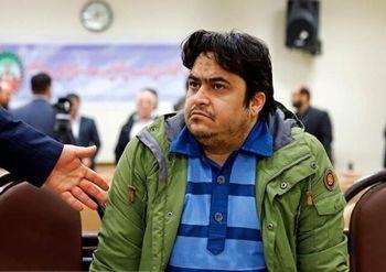لحظاتی از دادگاه مدیر «کانال آمدنیوز» و اظهارات جالب «روحالله زم» +فیلم