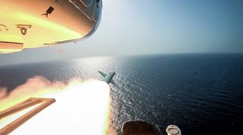 موشک های سپاه، گنبد آهنین اسرائیل را نشانه گرفت