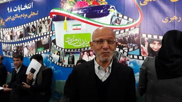 حیدری برای انتخابات مجلس یازدهم نام نویسی کرد