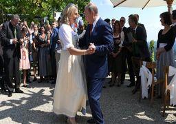 حرکات موزون پوتین و وزیر خارجه اتریش+فیلم