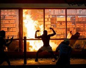 تصاویر اعتراضات آمریکا(1)| آتشوخشم در مینیاپولیس