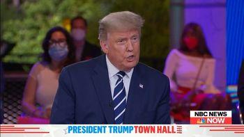 ترامپ به جای بایدن با چه کسی مناظره کرد؟