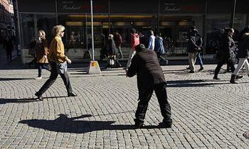 تکدیگری در استکهلم نیاز به کسب مجوز دارد
